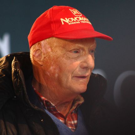768px-niki_lauda_stars_and_cars_2014_amk_28cropped29